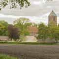 Havelte: rond de Binnen Es. Kerk staat echt buiten het dorp!!